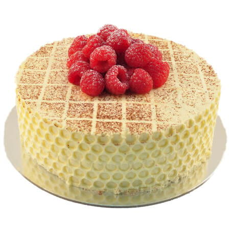 vanilla sponge cake with chantilly cream and fresh raspberries