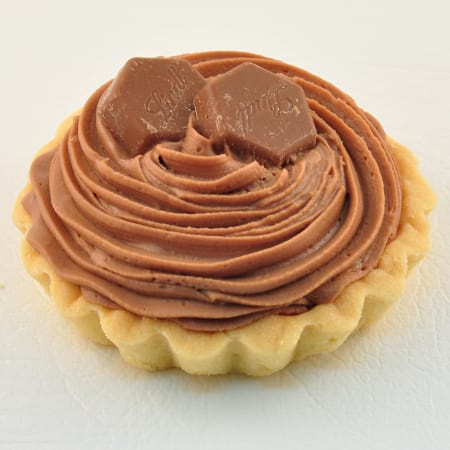 Individual Lindt chocolate mousse tarts